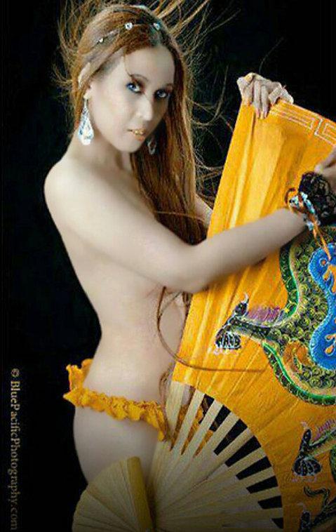 Maricar-Trinidad-Asian-Spanish-Talent-Model-Portfolio-Beauty-Fashion-Artistic-Glamour-Runway-Promotion