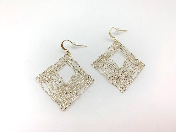 EG366 Gold Plaid Earrings
