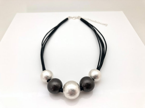 NS63 Silver and Black Mizutama Necklace