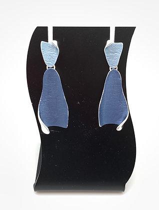 SE32 Page Shiori Blue Combination Earrings