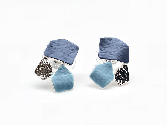 "SE5 Blue Ochaya Post Earrings, Set Available in ""Necklace Earrings"" Collectio"