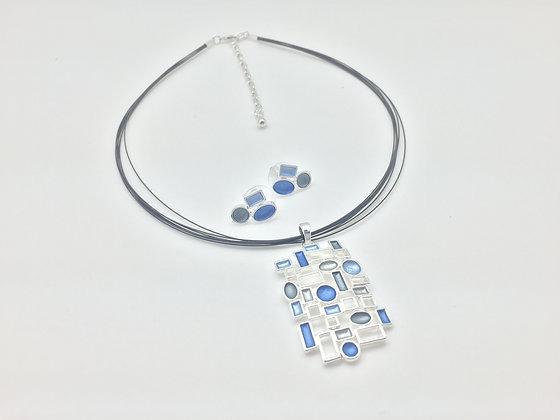 #12 Blue Jeans Pendant Necklace Set