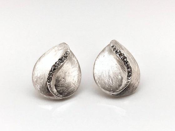 ES294 Silver Momo Post Earrings