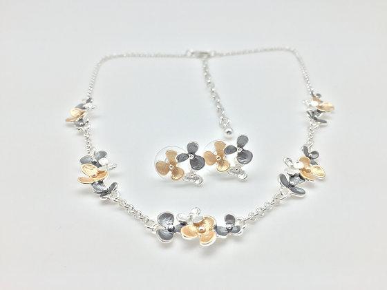 #23 Floating Tri-color Flower necklace set