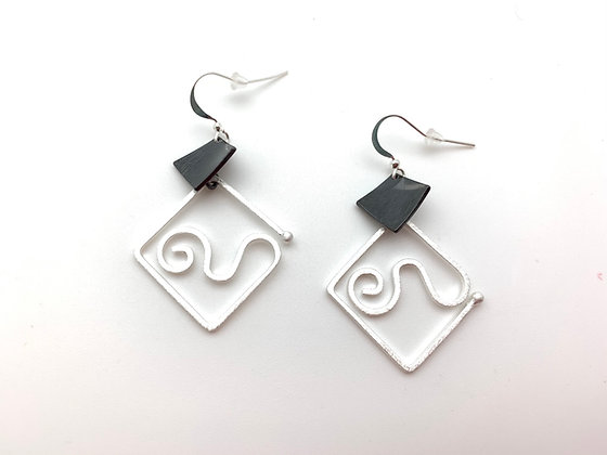 ES441Silver and Black Origami Swing Earrings