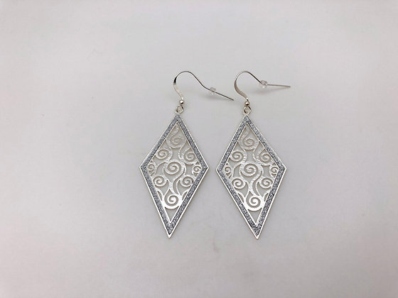 ES159 Silver Hishigata Swirl Earrings
