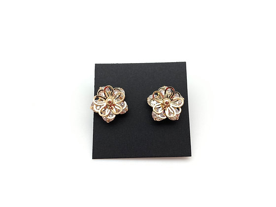 H111 Gold Multi Petal Flower 3D Flower with CZ