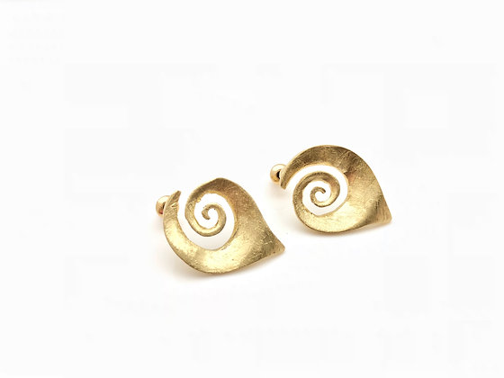 EG213 New! Gold Makigai Post Earrings