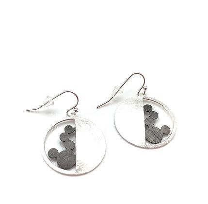 ES329 Silver and Black Mizu Fuusen Earrings