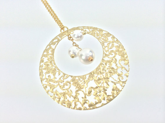 N558 SALE ITEM $10 FINAL PRICE Gold Pearl Necklace