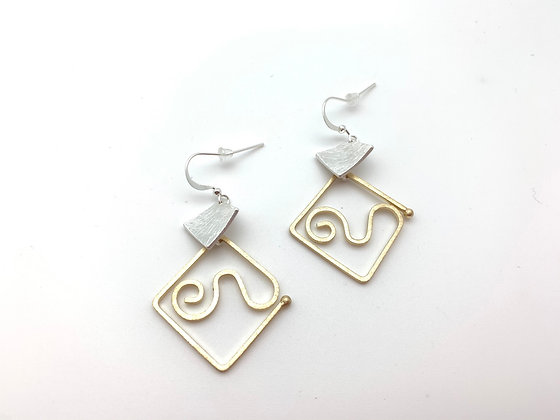 EG440 Gold and Silver Origami Swirl Earrings