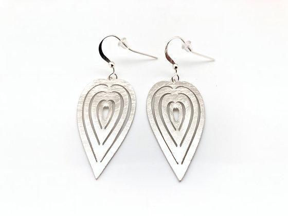 EWS27 Silver Kirie Heart Earrings