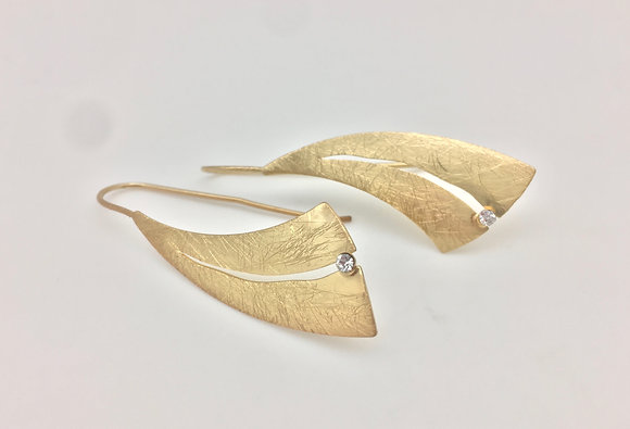 EG111 Gold Shizuku Earrings