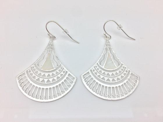 EG86 Silver Open Fan Earrings with Mother of Pearl