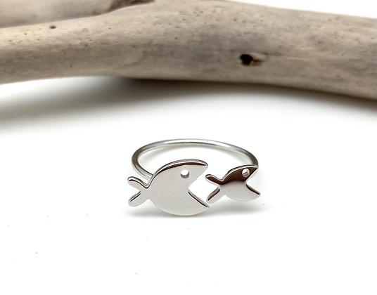 SR25 Silver Fish and Fish Ring