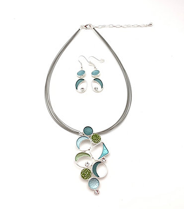 #87 Green Gems Necklace and Earrings Set