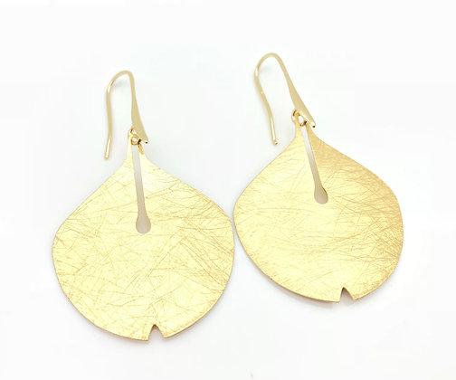 EG225 Gold Gingko Leaf Earrings