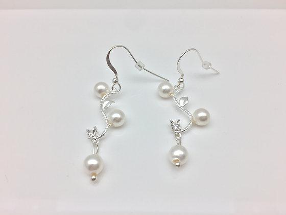 ES66 Silver Pearl Twig Earrings