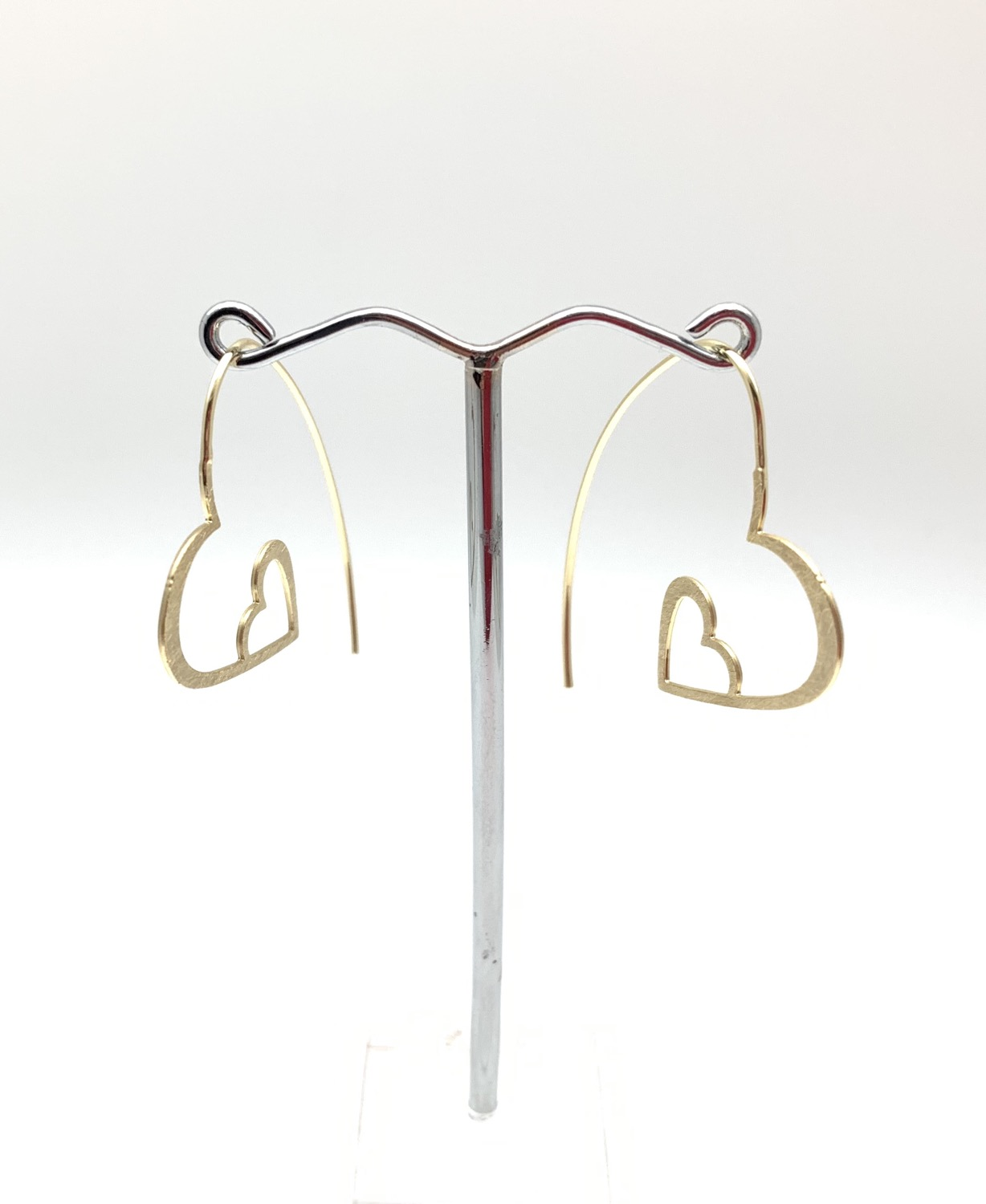 Thumbnail: EG428 Gold Heart Hoops