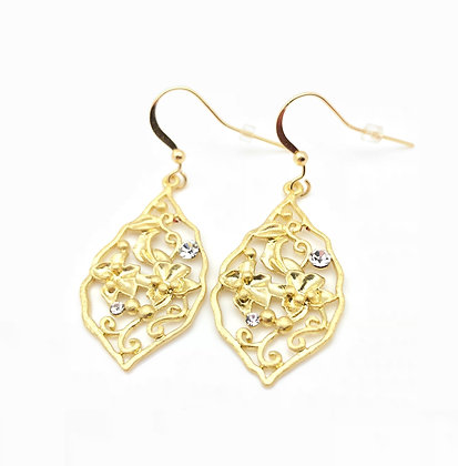 EG249 Gold Tsuta Monsho Earrings