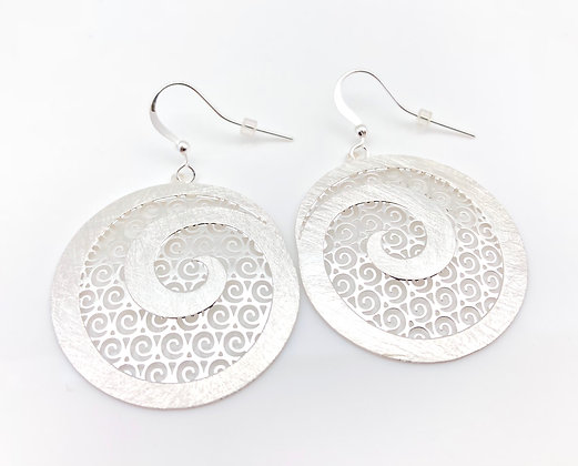 ES234 Silver Karakuwa Swirl Earrings
