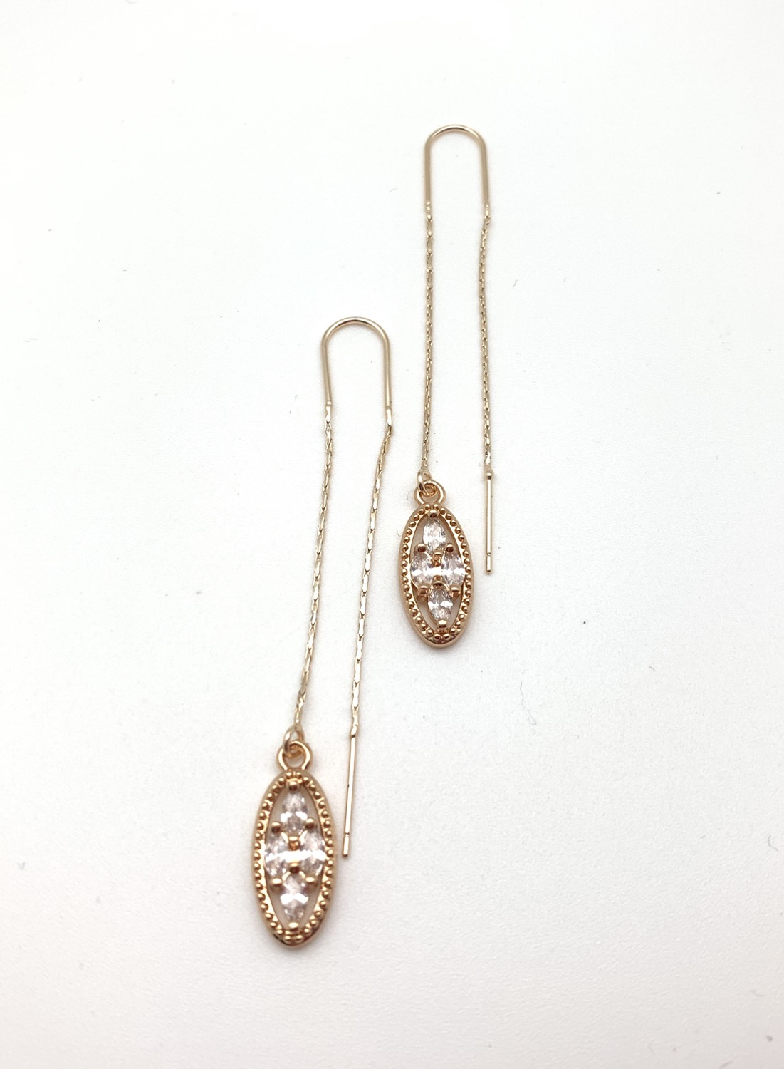 H130 Sparkling Threader Earrings