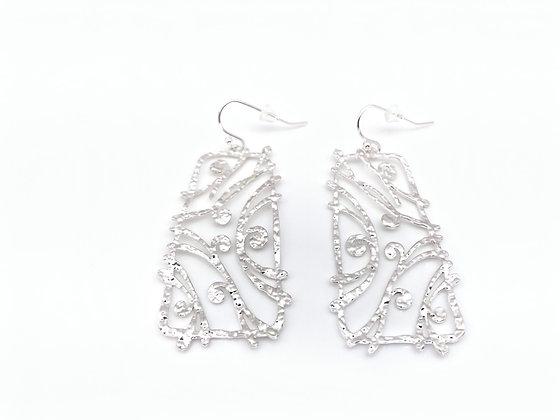 ES375 Silver Kinomi Berries Earrings