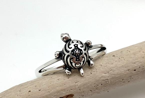 SR26  Silver Little Turtle Ring
