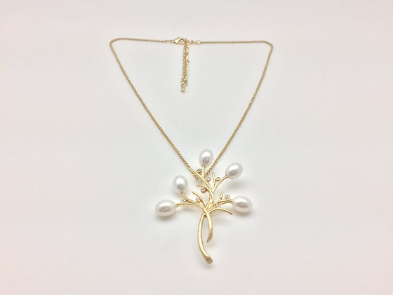 NG7 Sale Final Price $10 Gold Pearl Twig Necklace