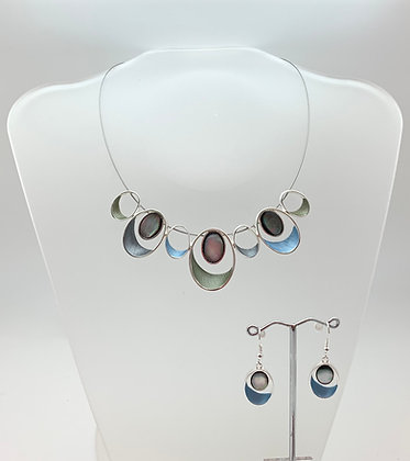 #83 Blue Olive Necklace and Earrings Set