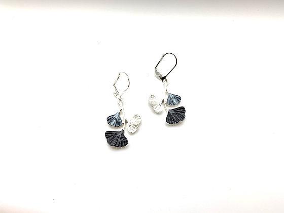 SE42 Gingko Grey Earrings