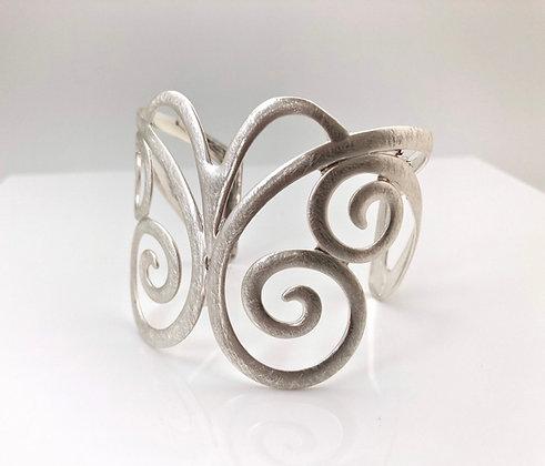 BS29 SALE Final Price $13 Silver Ageha Butterfly Cuff Bracelet