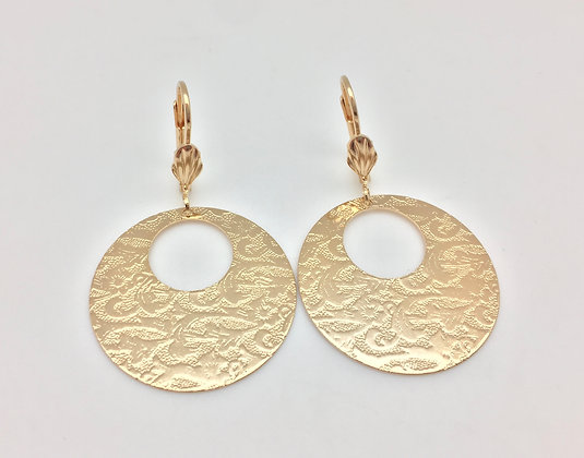 H40 Circle Cloud Pattern Er, Gold Fill, Lever Back