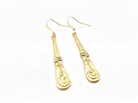 EG187 New! Gold Kaji Swirl Earrings