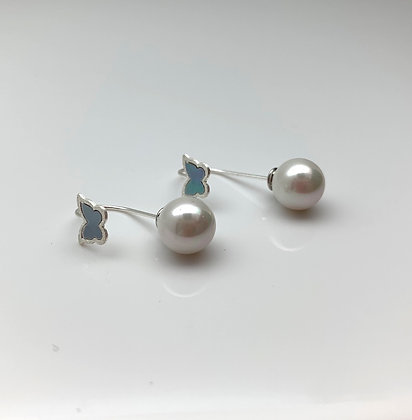 ES355 Silver Butterfly with Pearl Stopper Earrings
