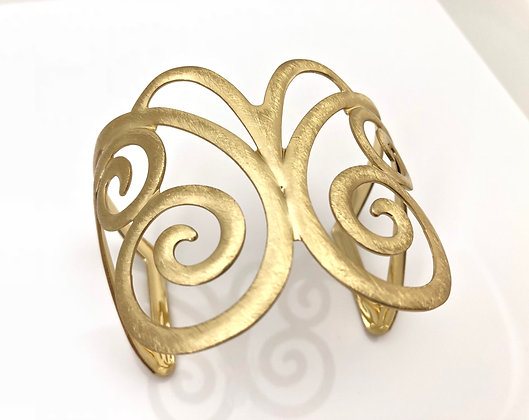 BG28 SALE Final Price $13 Gold Ageha Butterfly Cuff Bracelet
