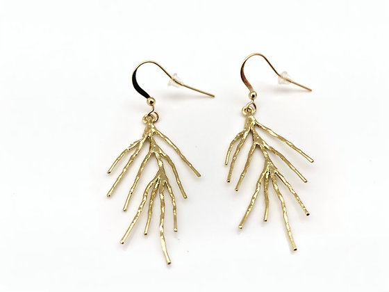 EG277 Gold Coral Sango Earrings