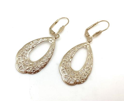 H176 Lace Earrings