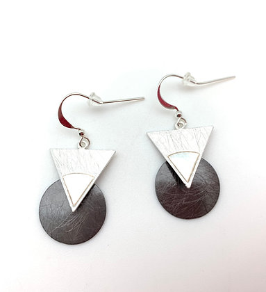 ES359 Silver and Black Triangle Circle Earrings