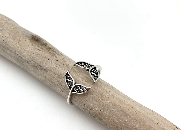 SR27 Silver Whale Tail Ring size 4-10