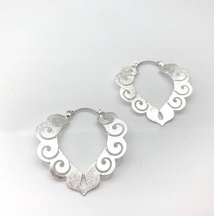 ES337 Silver Songokuu Earrings