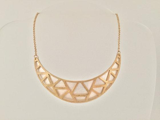GN1 SALE $15 Gold Two Tone Shouji Bib Necklace