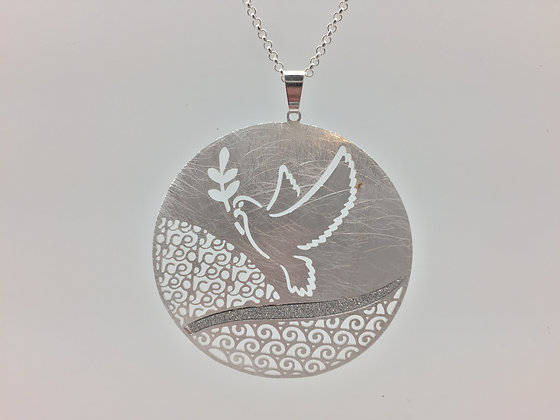 NS16 Sale Final Price $13 Silver Dove Necklace