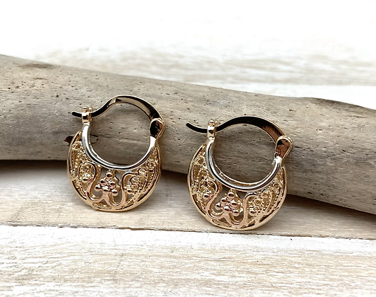 H174 Small Flower Basket Earrings