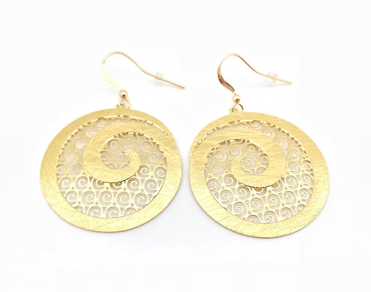 EG235 Gold Karakuwa Swirl Earrings