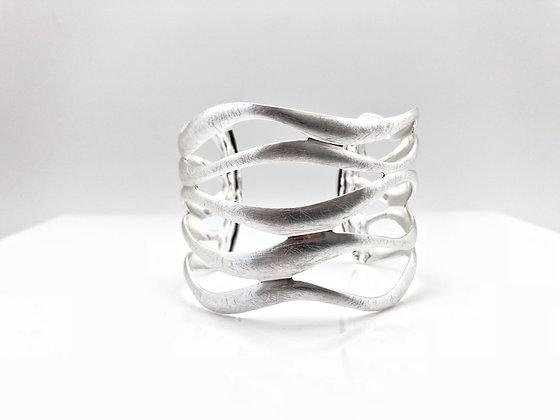 BS40 Silver Nami Cuff