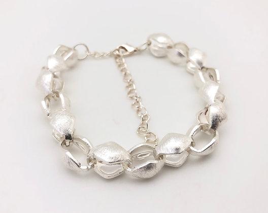 BS33 Silver Hishigata Link Bracelet