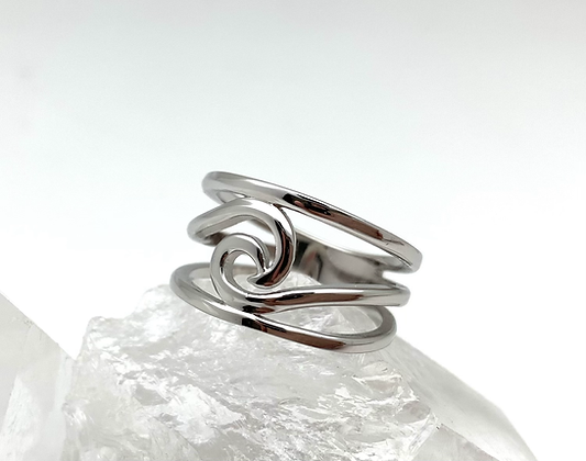 SR23 Silver Wave Cage Ring size 5-11
