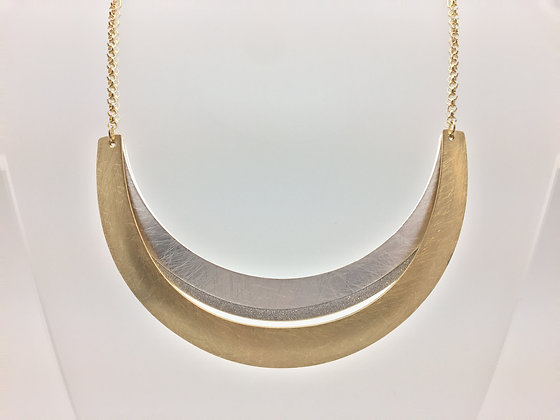 NG9 Sale Final Price $15 Two Tone Gold and Silver Obi Necklace