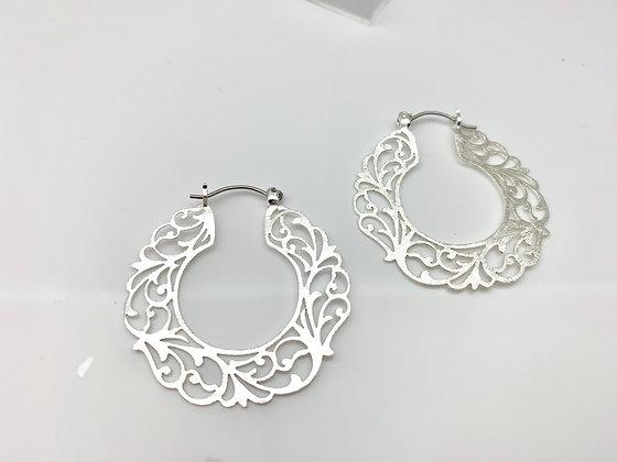 ES315 Silver Swirl Hoop